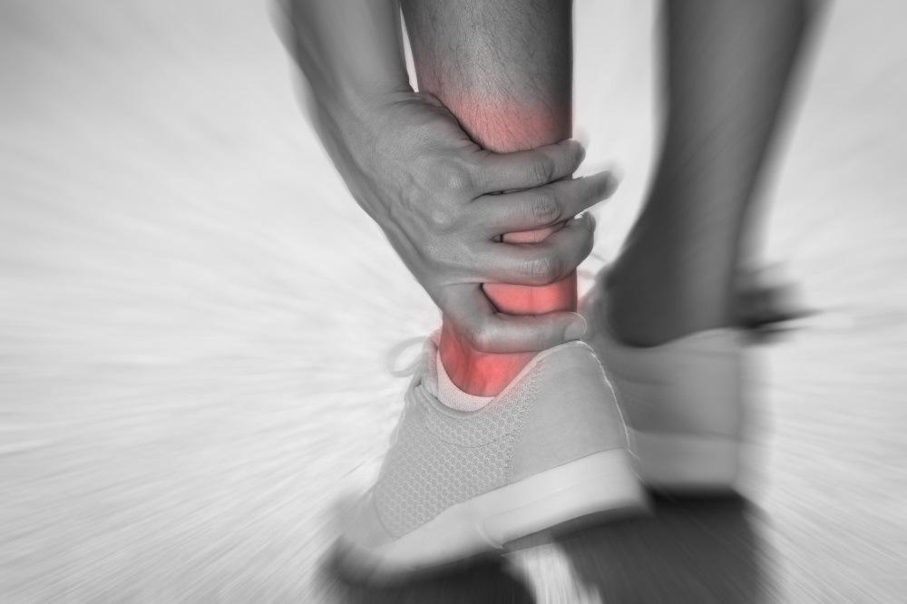 distorsione caviglia corsa