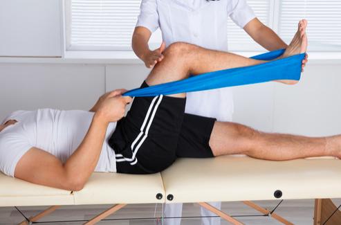 esercizio terapeutico per le fratture del ginocchio