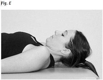 flessione della colonna cervicaleesercizio per far passare il dolore al collo