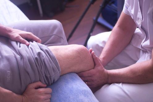 terapia manuale per le lesioni dei menischi e dei legamenti
