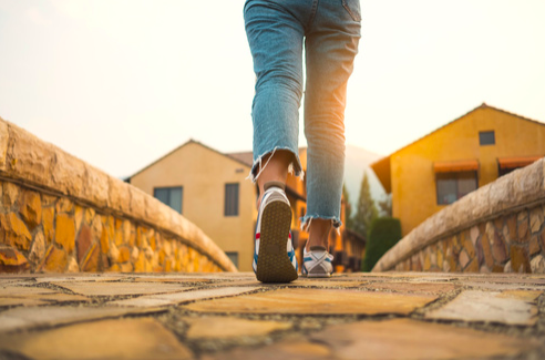 il movimento fa bene alla schiena e previene il mal di schiena